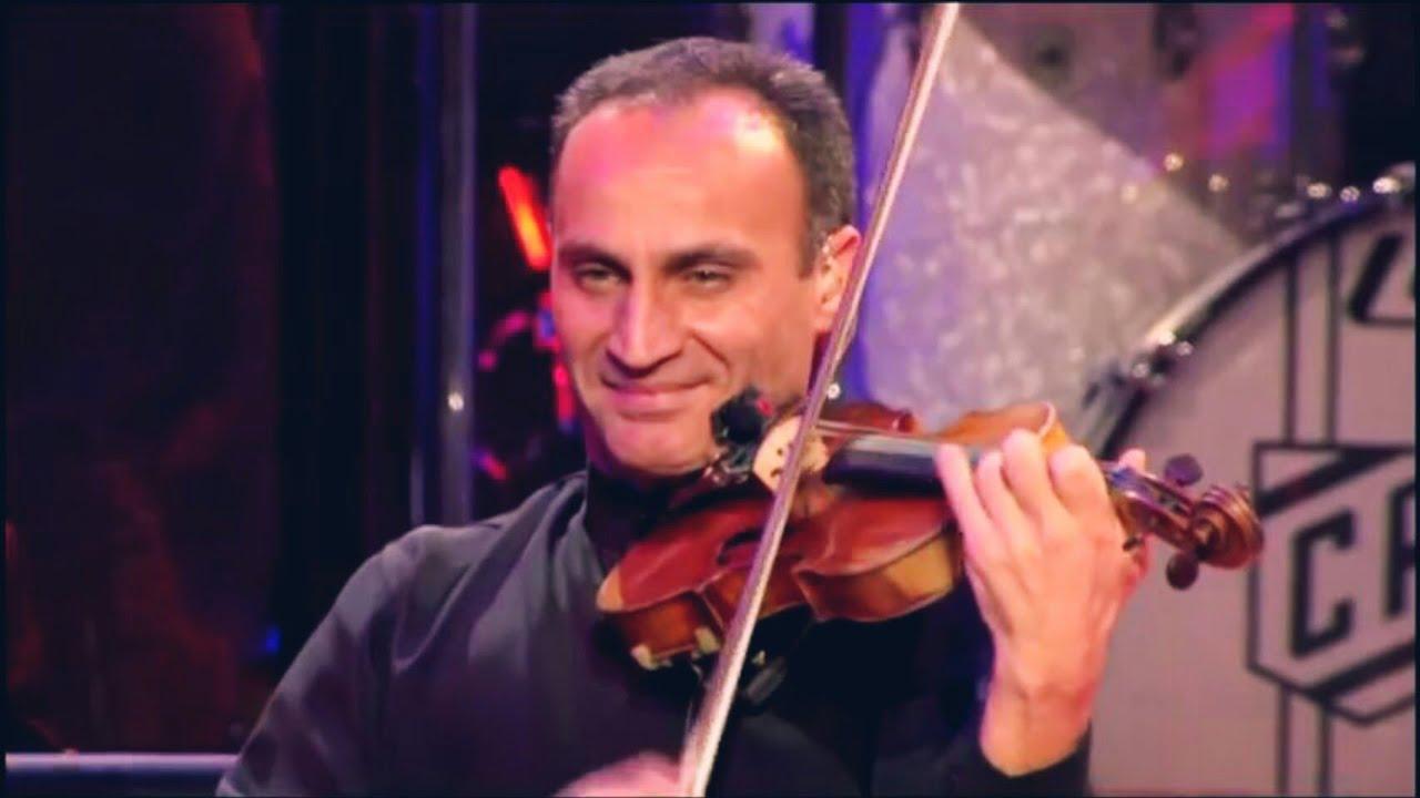الموسيقار ياني مع اعظم عازف كمان في التاريخ صامويل يرفنيان